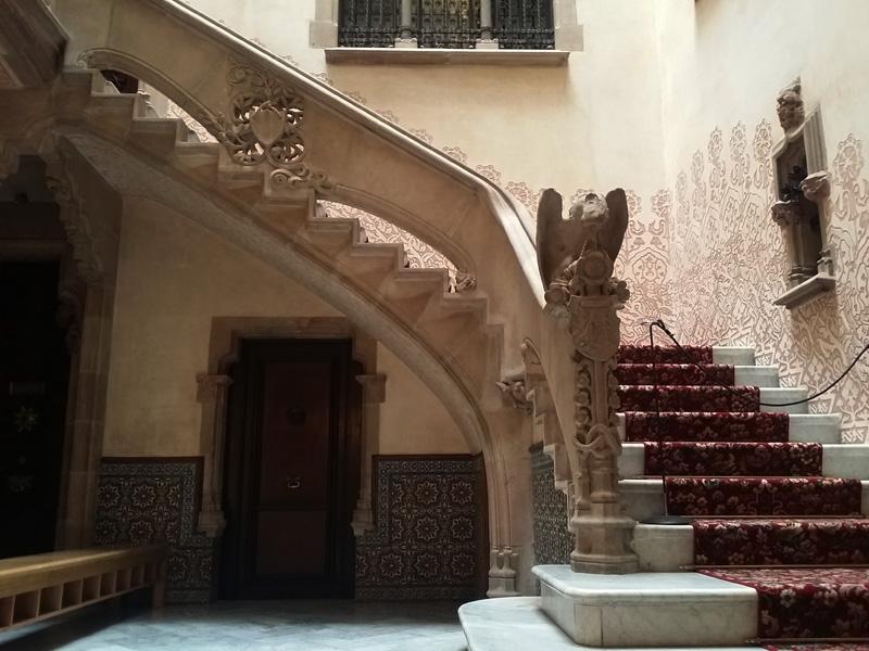 interior casa amatller barcelona
