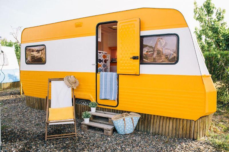 caravana-naranja-1