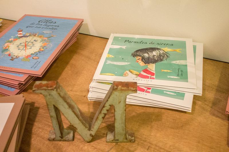 161124-mosquito-books-03
