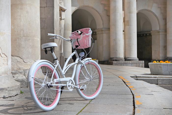 favorite-bikes-bicicleta-vintage-blanca