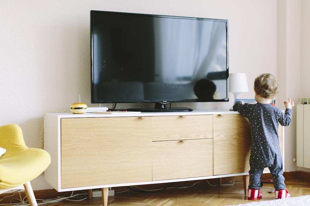 Picapino-mueble-tele-nordico-1